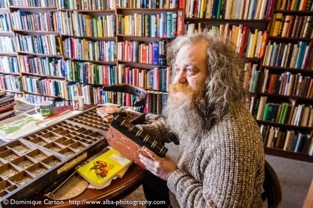 Iain King, bookbinder and bookseller